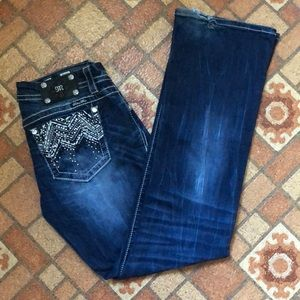 Miss Me Mid-Rise Easy Boot Jean Size 28